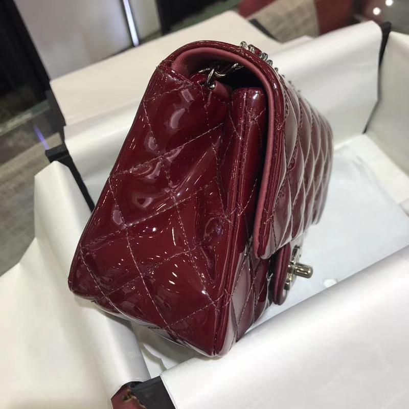 Chanel 香奈儿 Classic Flap 进口漆皮 17cm 方胖子 酒红 银扣