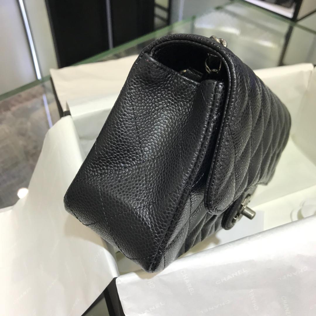 CF 小香最经典系列 鱼子酱 黑色配复古银五金 小号 20cm 现货 车边款
