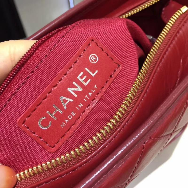 CHANEL 秋冬新款 GABRIELLE 流浪包 进口小牛皮双色金属精裁而成 实拍图 红色 28cm