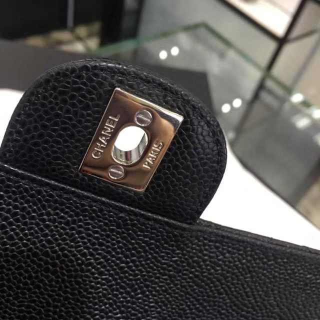 Chanel 香奈儿 Classic Flap Bag  进口鱼子酱 25cm 现货 黑色 银扣