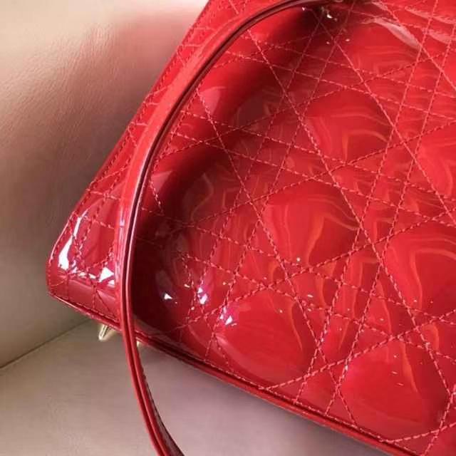 Dior 迪奥 戴妃包 Lady Dior 细节一目了然五格漆皮大红色