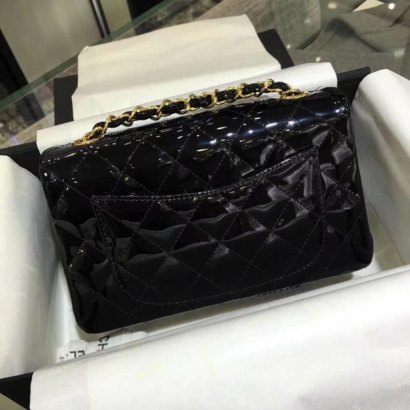 Chanel 香奈儿 Classic Flap Bag  进口漆皮 25cm 黑色 金扣