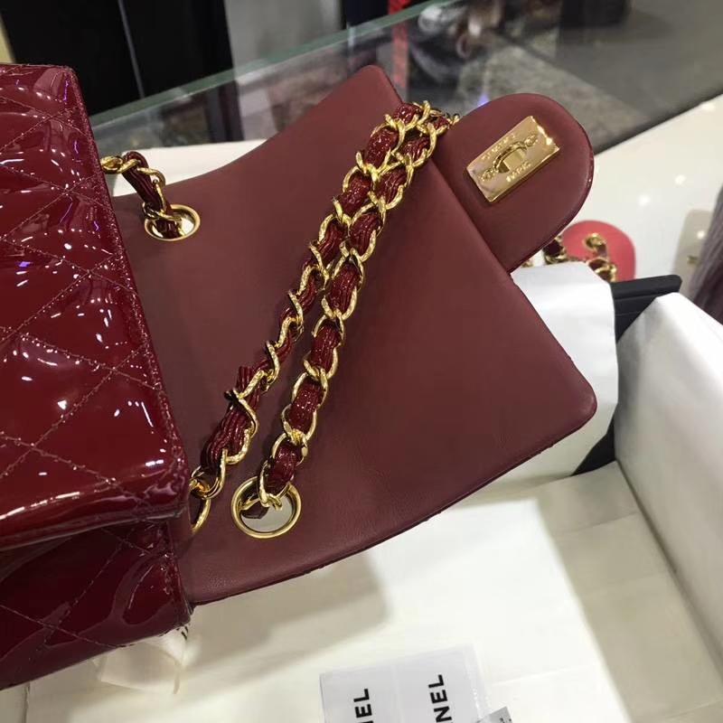 Chanel 香奈儿 Classic Flap Bag  进口漆皮 17cm 酒红 金扣