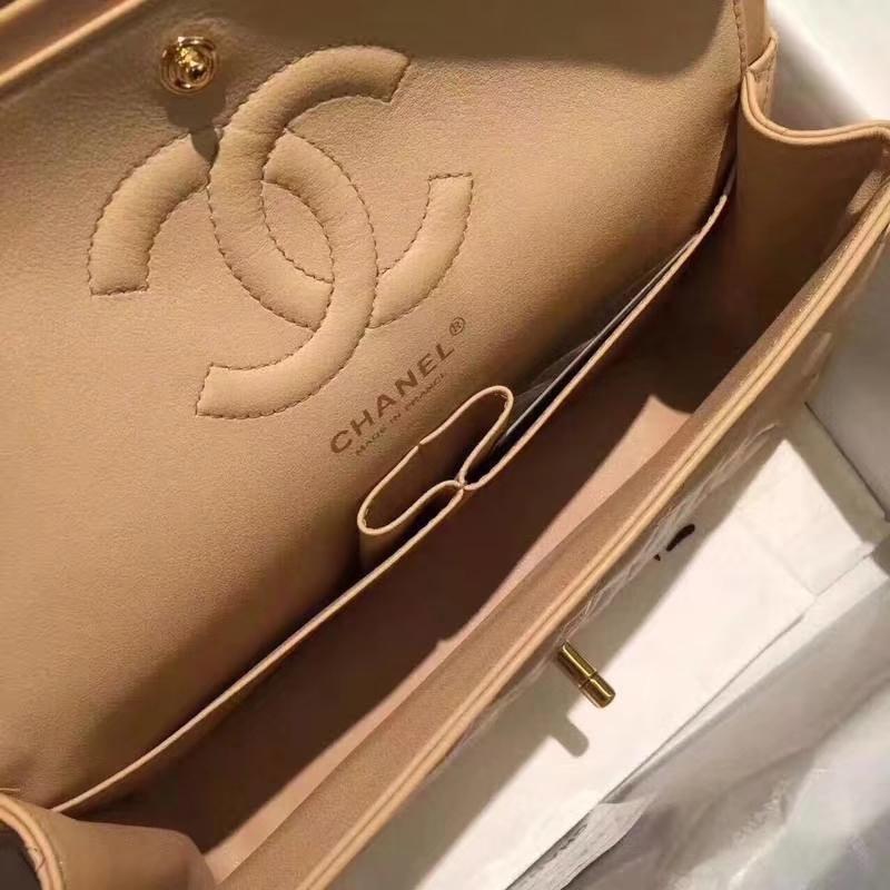Chanel 香奈儿 ClassicFlap 羊皮 杏色 25cm 金扣