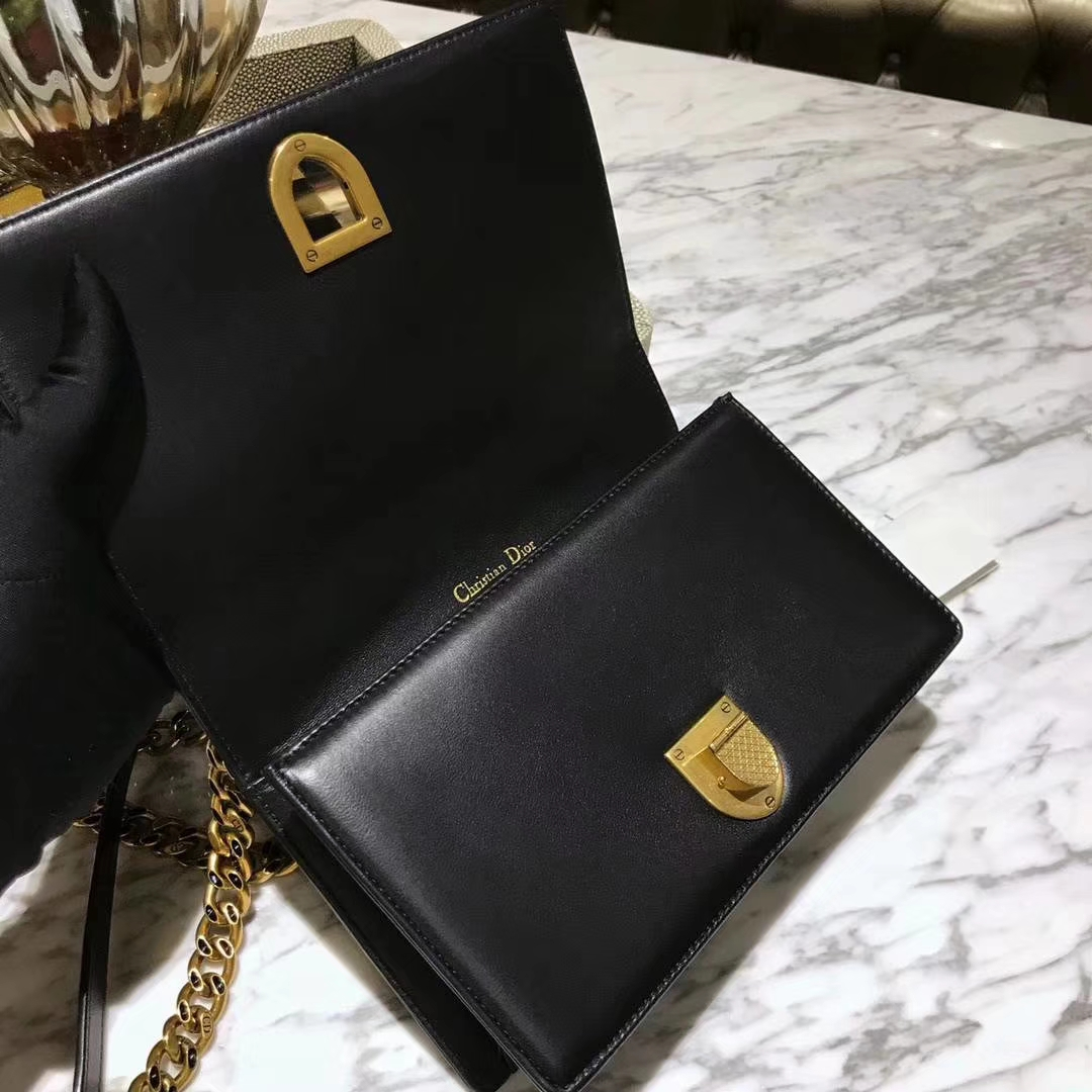 Dior 腾格 进口牛皮 铆钉包 DIORAMA 黑色