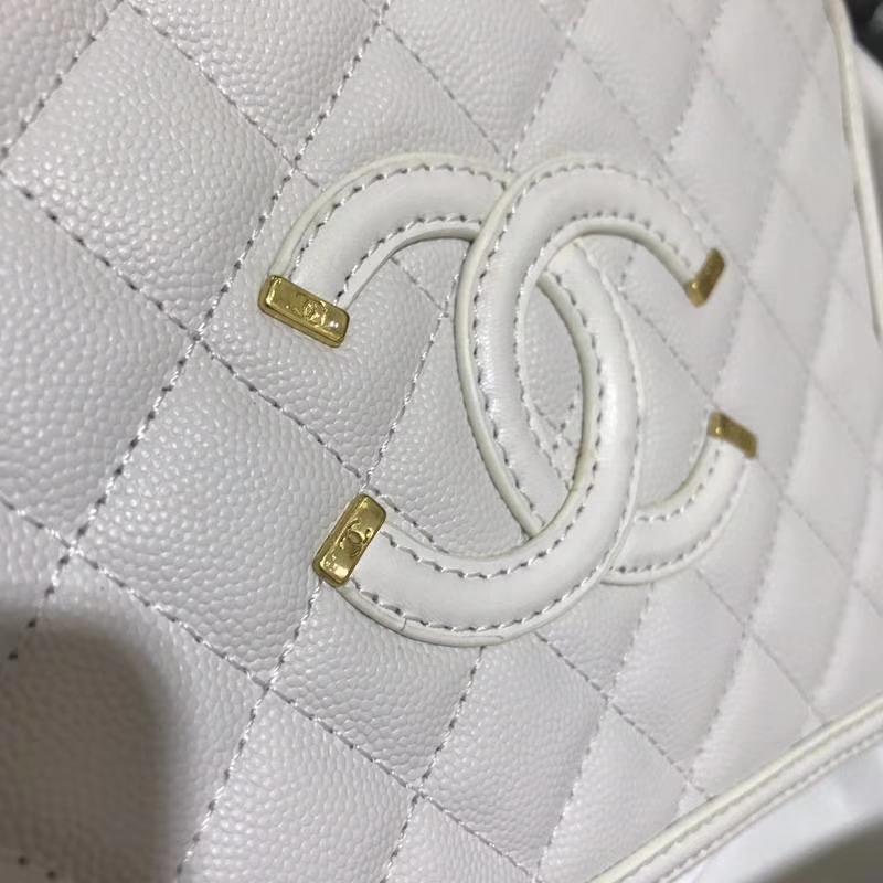 Chanel 化妆包 21cm 进口小鱼子酱 白色 现货