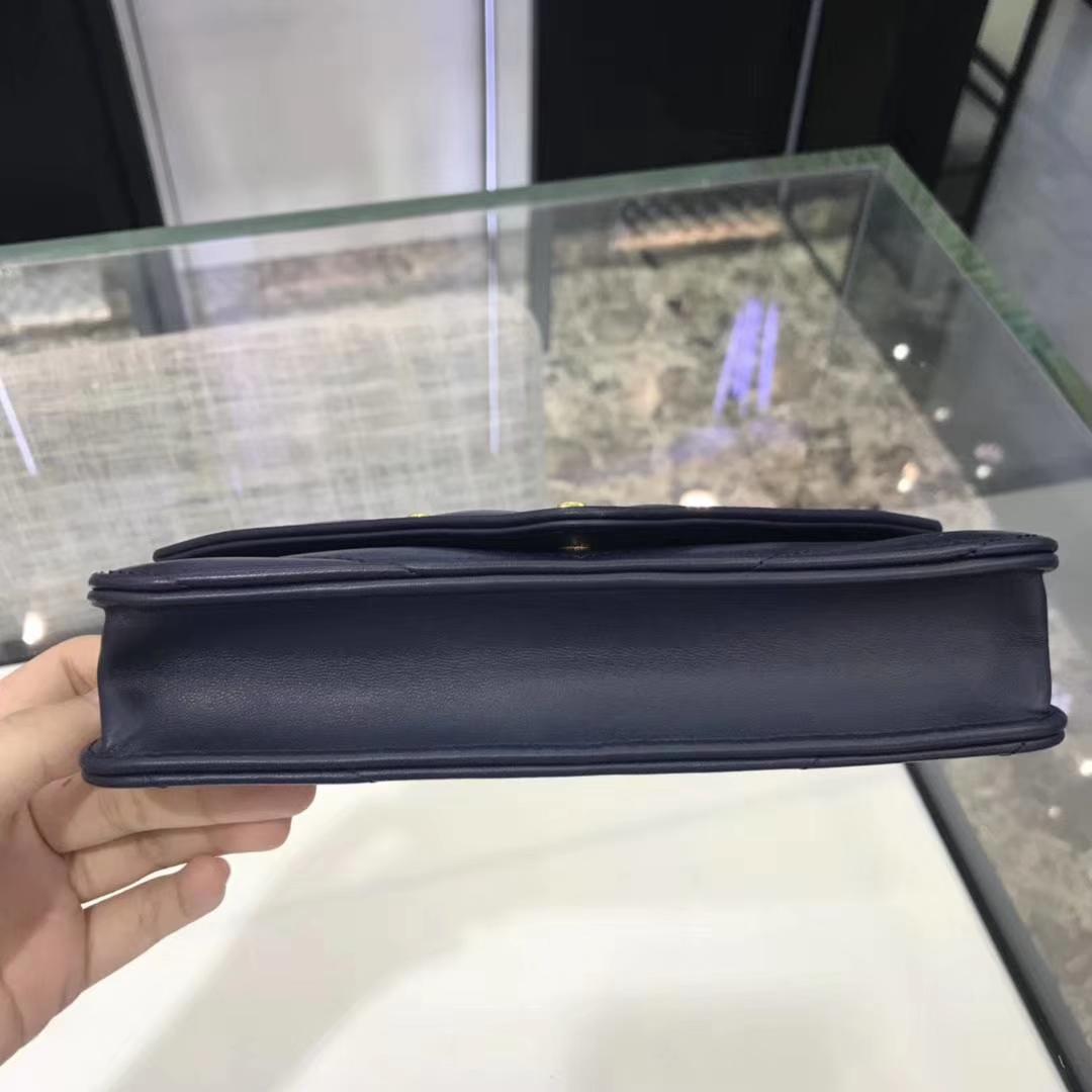 Chanel香奈儿 最新款 铆钉WOC 宝石蓝 19cm YKK拉链
