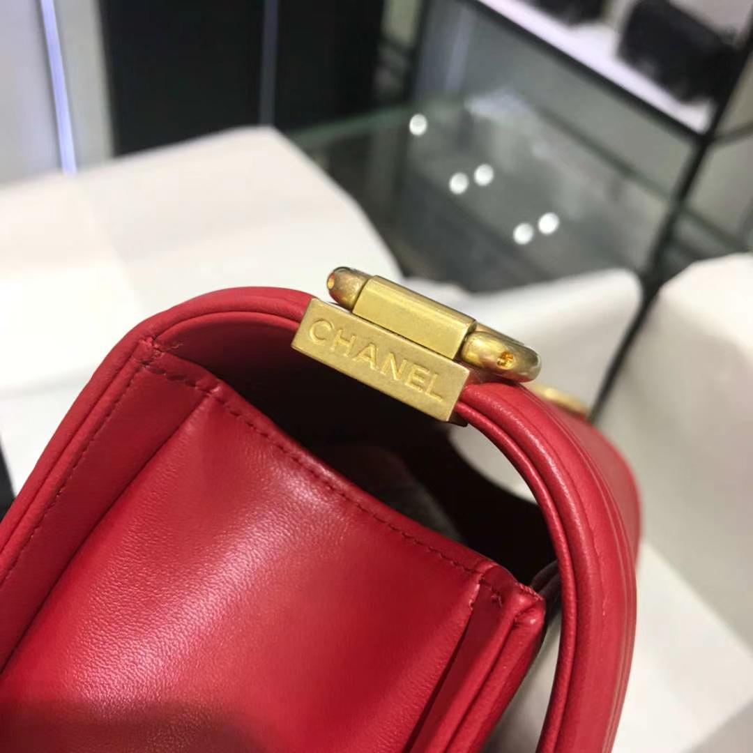 Chanel 香奈儿 Leboy 20cm 原厂皮小羊皮 大红色 怀旧磨砂金