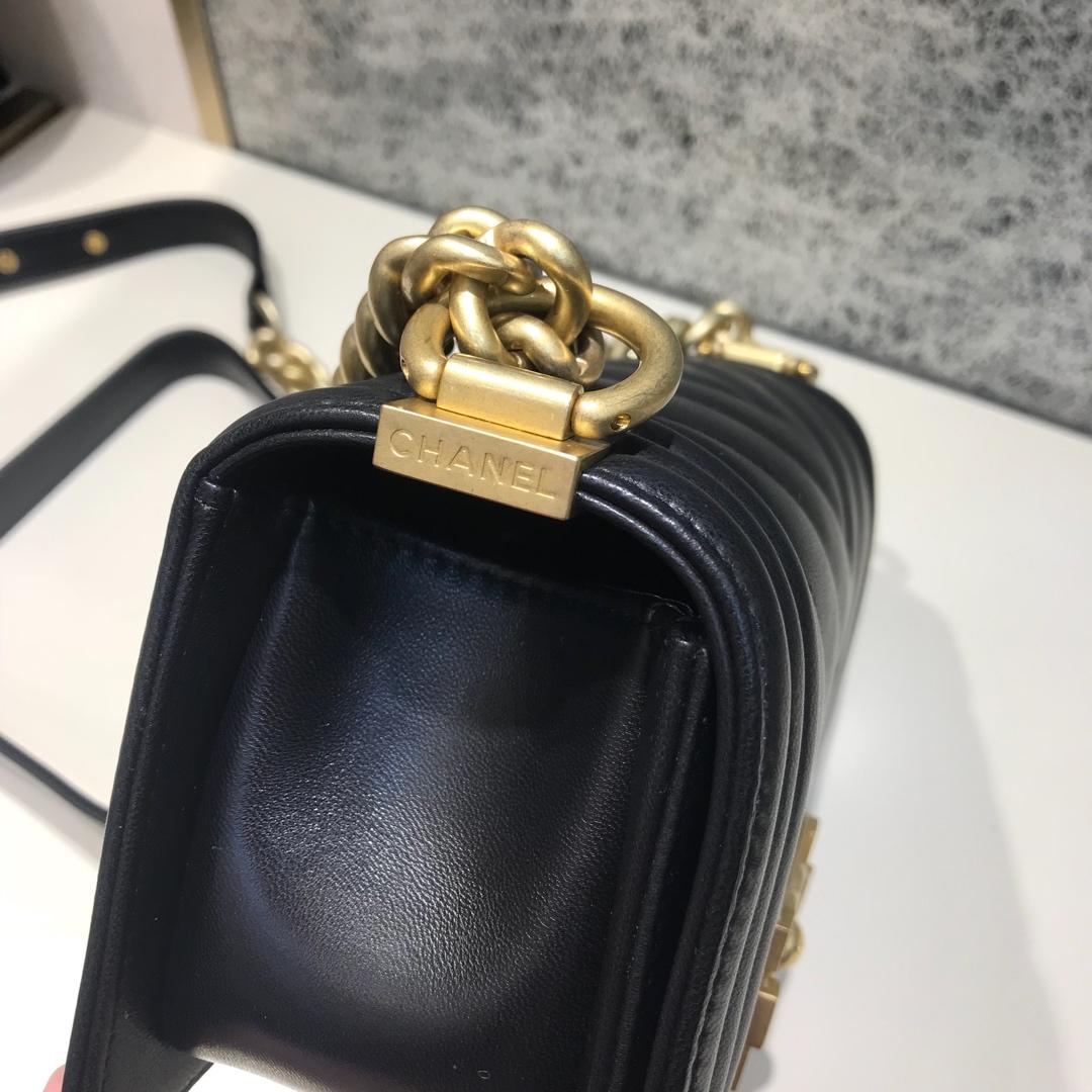 Chanel Leboy 代购版本大V款 20cm 进口小羊皮 黑色 纱金