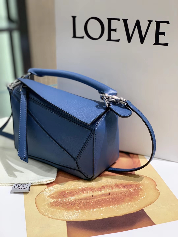 Loewe puzzle 迷你 超级跑量款 2019新色 蓝色