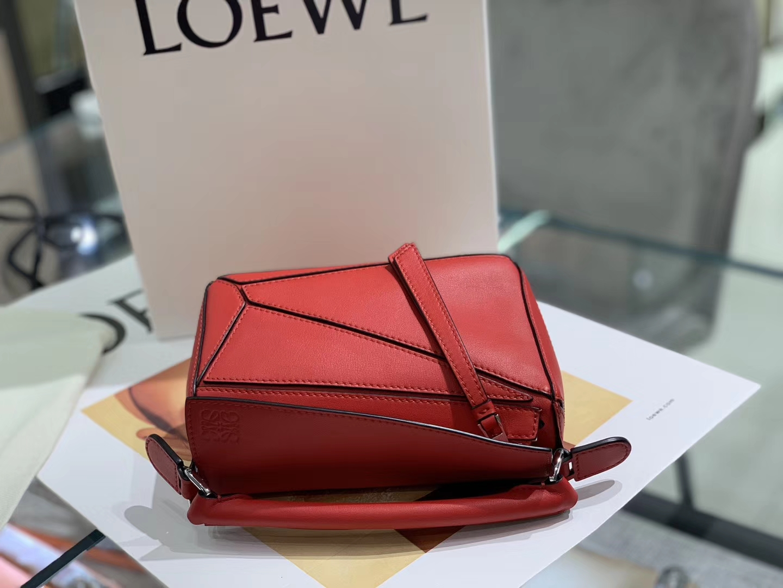 Loewe puzzle 迷你 超级跑量款 2019新色 大红色