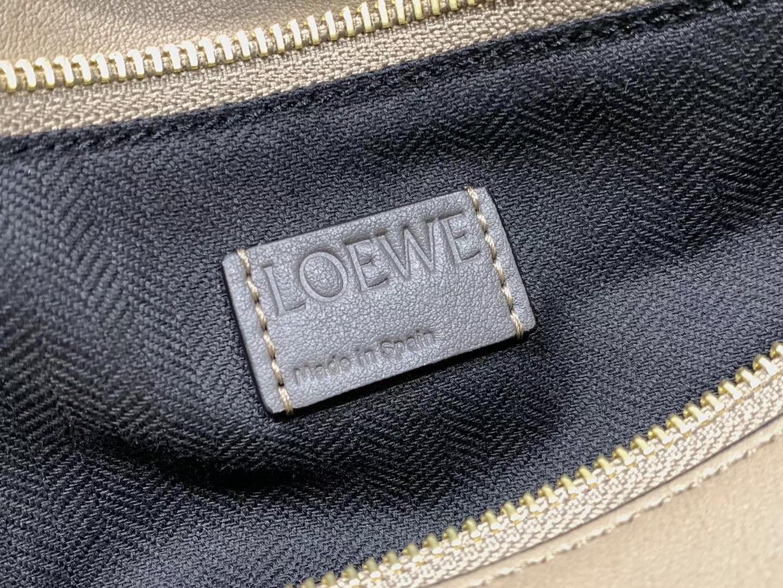 Loewe puzzle系列复古牛皮 几何图案拼色 中号