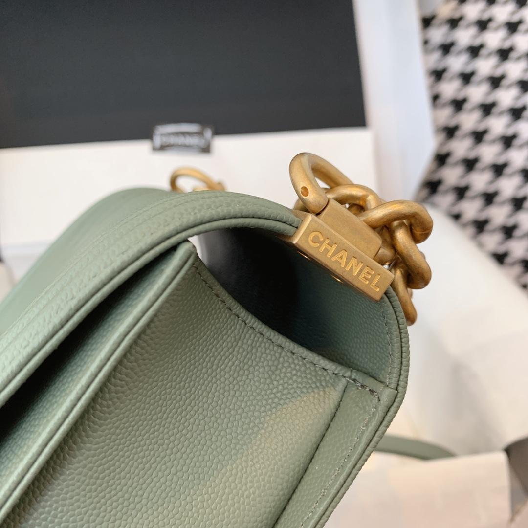 香奈儿 抹茶绿色 leboy小号 法国原厂Haas小球纹鱼子酱牛皮 20cm