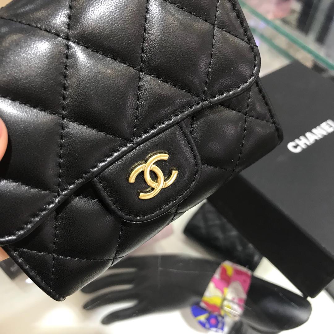 Chanel 香奈儿 三折包小钱包 进口小羊皮~黑色金扣