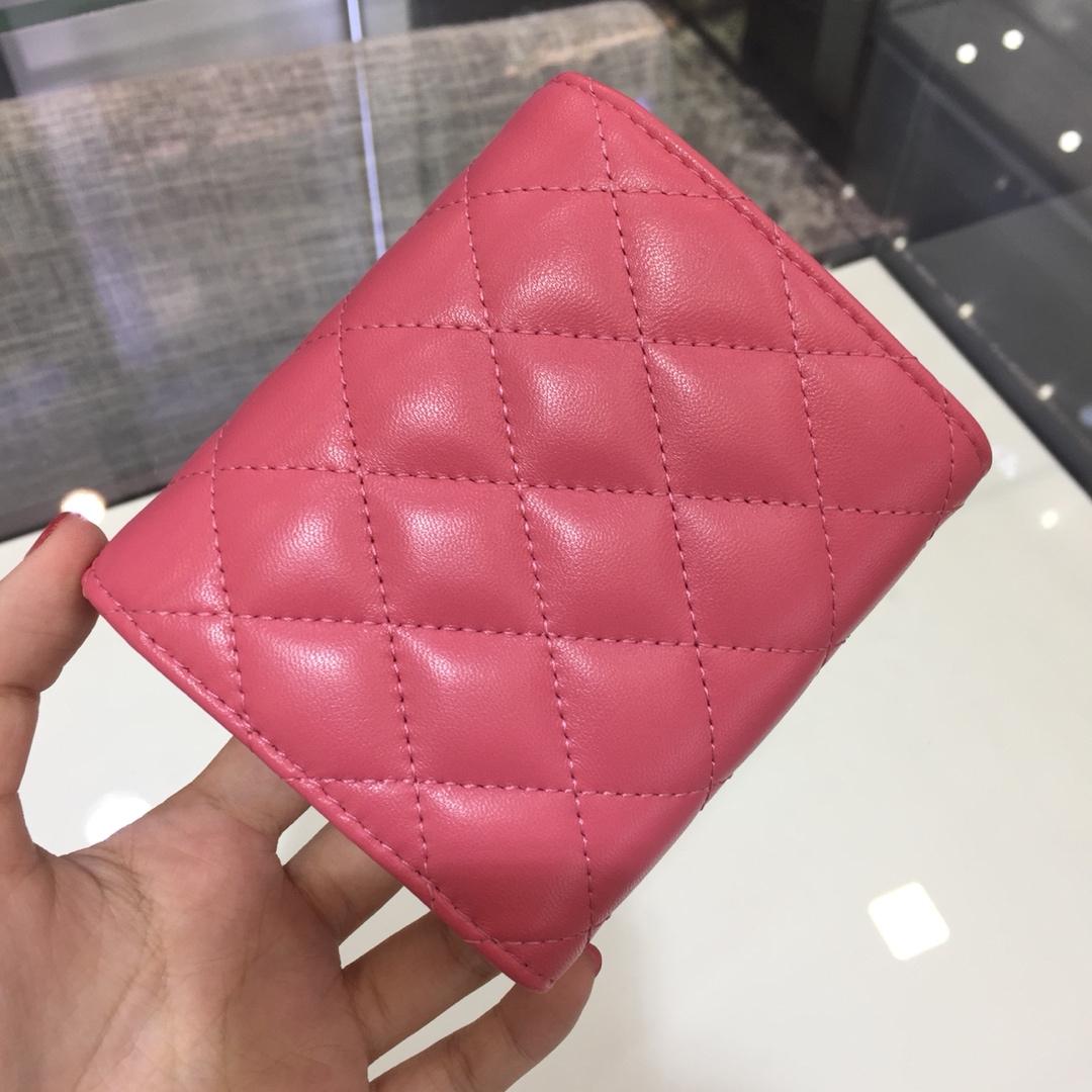Chanel 香奈儿 三折包小钱包  进口小羊皮~西瓜红金扣