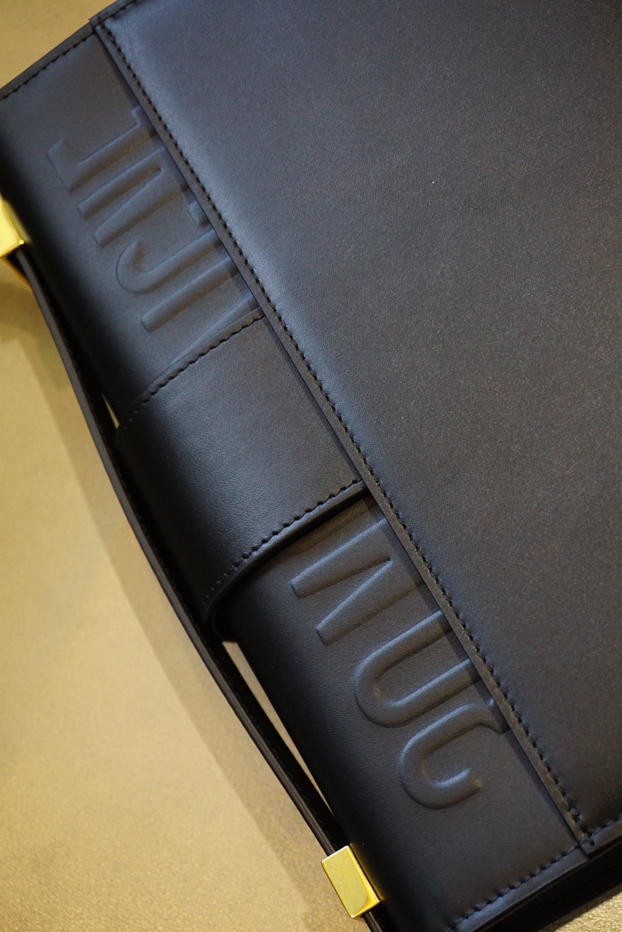 Dior蒙田女包 30 Montaigne 黑色 原厂五金扣 一件代发