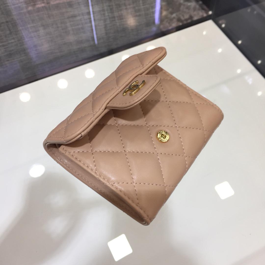 Chanel 香奈儿《三折小钱包》 进口小羊皮~龙虾粉金扣