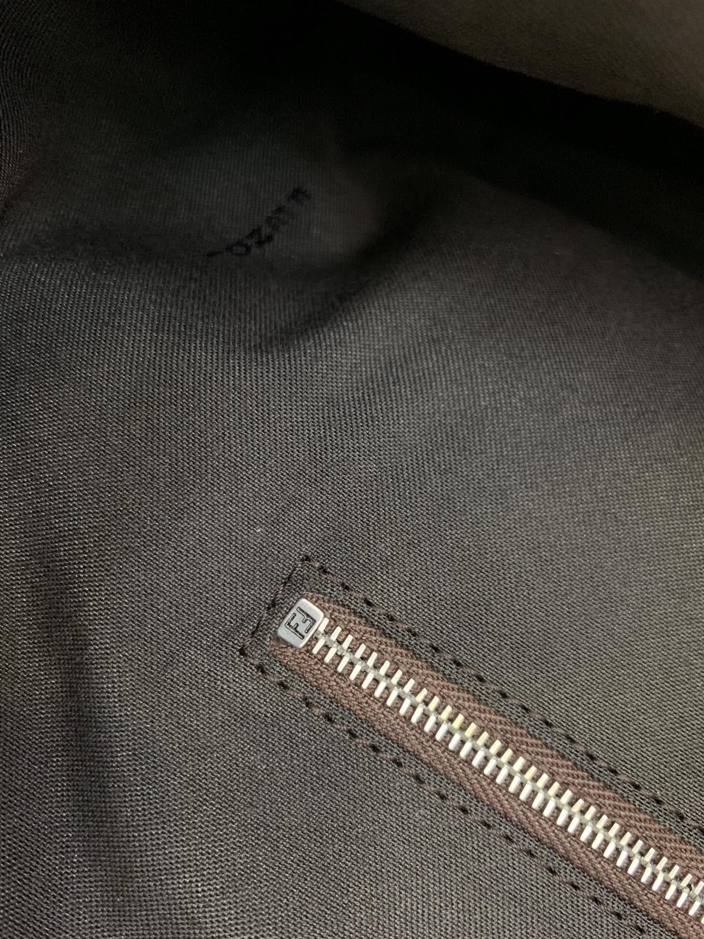 FENDI官网 购物袋 双手柄手提袋  实用百搭 38x18x13cm 8833