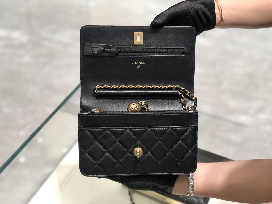 2020~超美金属球发财包Chanel~保留经典~配上复古五金~超好看~黑色~19Cm