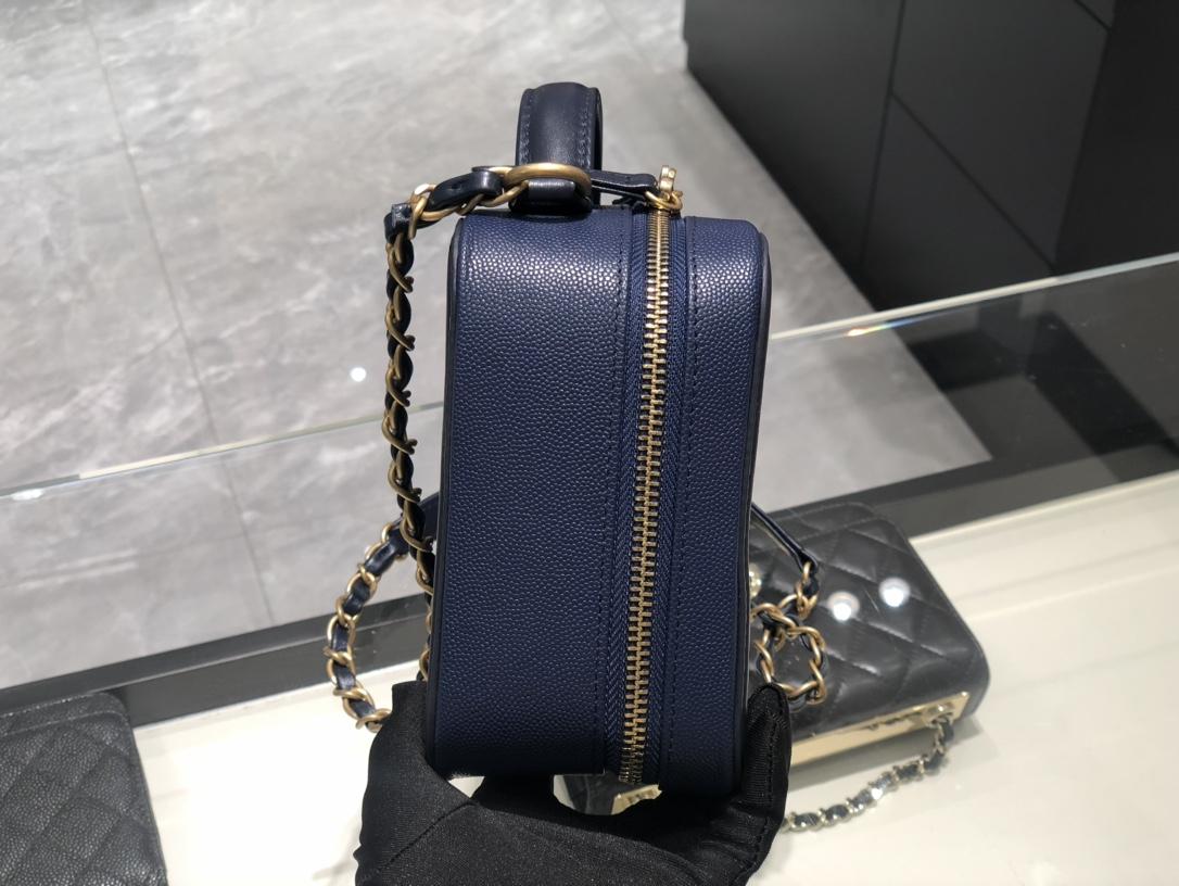 香奈儿手提包 化妆包 Chanel 代购版本 原厂皮小鱼子酱 海军蓝 21Cm 现货