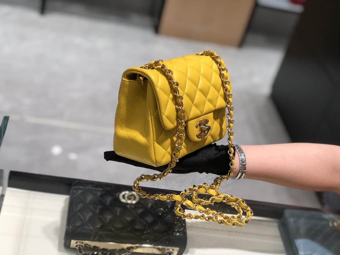 Chanel 香奈儿《Classic Flap》代购版本 17cm~进口羊皮~黄~金扣 ~只有少量现货