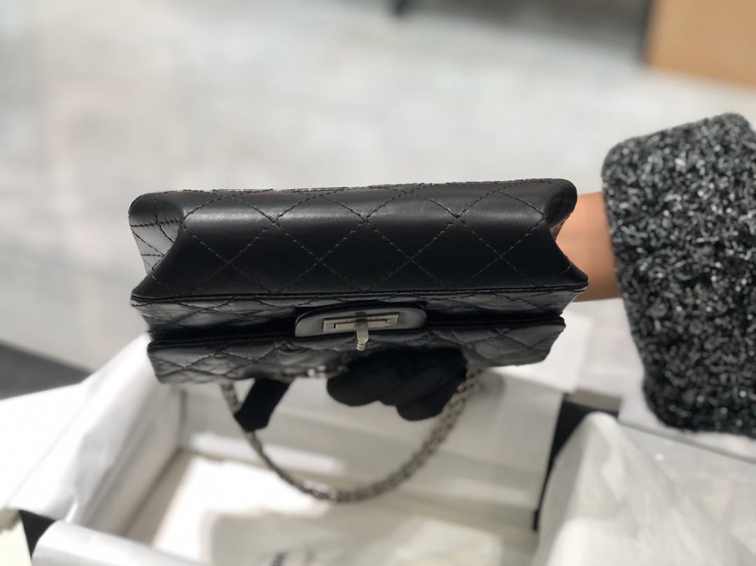香奈儿《复刻2.55》代购版本~20cm~意大利原厂树纹皮~黑色~古银扣