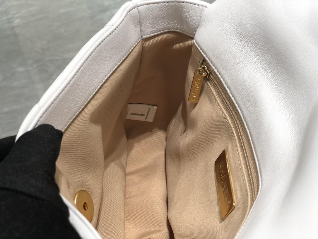 Chanel 香奈儿【真品级】~ 进口山羊皮2019秋冬新季系列 宽格纹粗链条翻盖包  16*26*9cm 全套包装