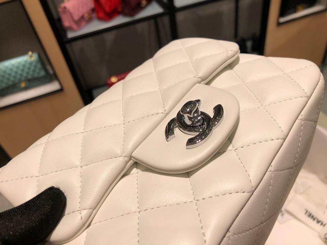 Chanel 香奈儿【真品级】原厂bodin joyeux 羔羊皮    方胖子 现货发售!~白色~银扣