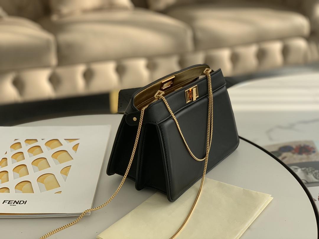 FENDI芬迪 最新 Iconic peekaboo ISeeU 手袋 日常通勤 21cm