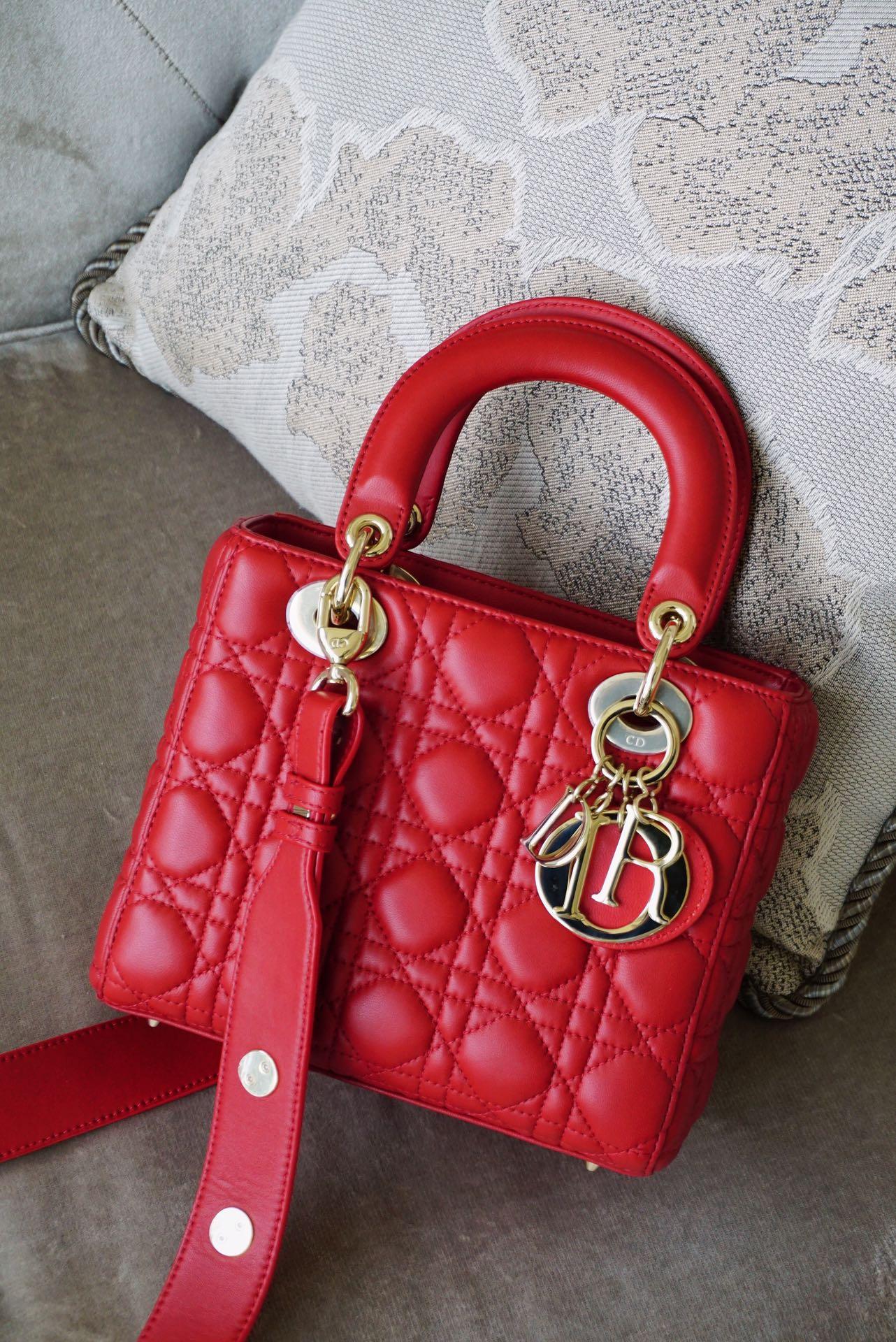 Dior 迪奥 戴妃包 Lady Dior 四格 20cm 大红色 正式非正式场合都可