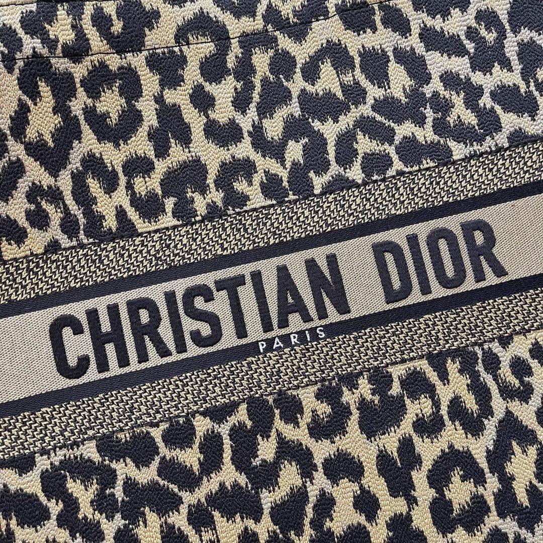 Dior 迪奥 购物袋豹纹大号/41.5cm 灵魂印花 狂野性感的气息