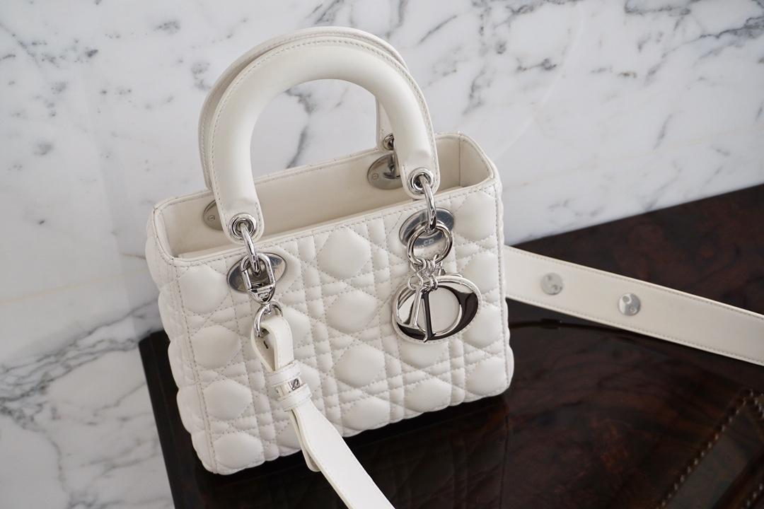 Dior 迪奥 四格 白色 小羊皮 银扣 戴妃包 Lady Dior