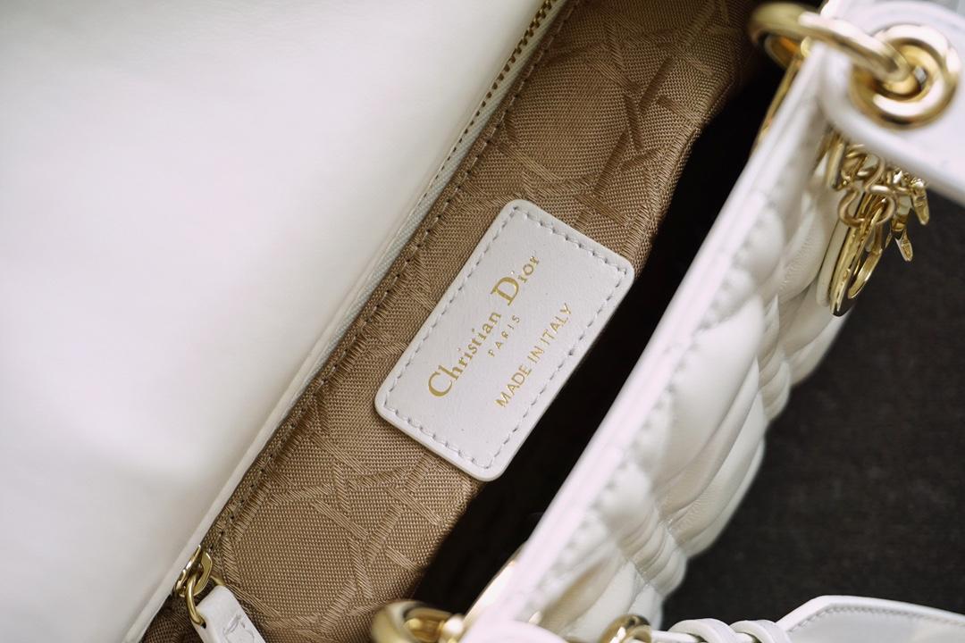 Dior 迪奥 四格 白色 小羊皮 金扣 戴妃包 Lady Dior
