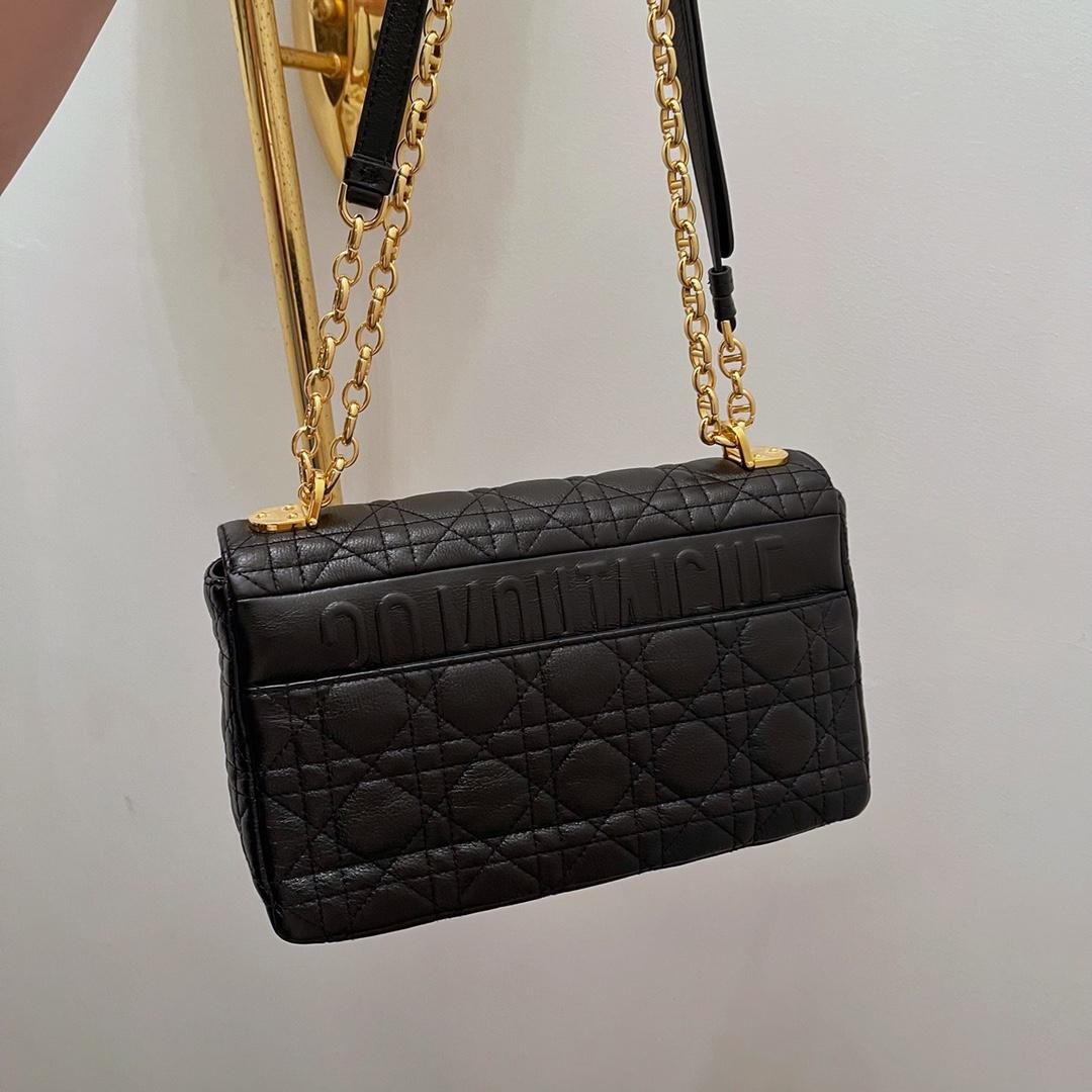 Dior 迪奥 Caro手袋 中号/25.5cm 黑色 散发翩然优雅韵致