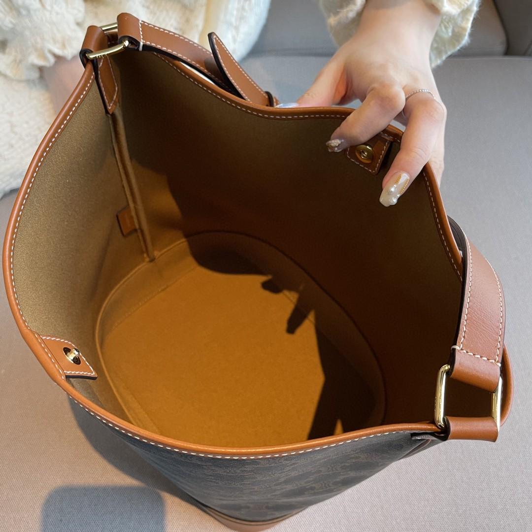 CELINE 思林 水桶包 大号/36cm 现货 非常的轻便还能装纳 一只桶包走天下