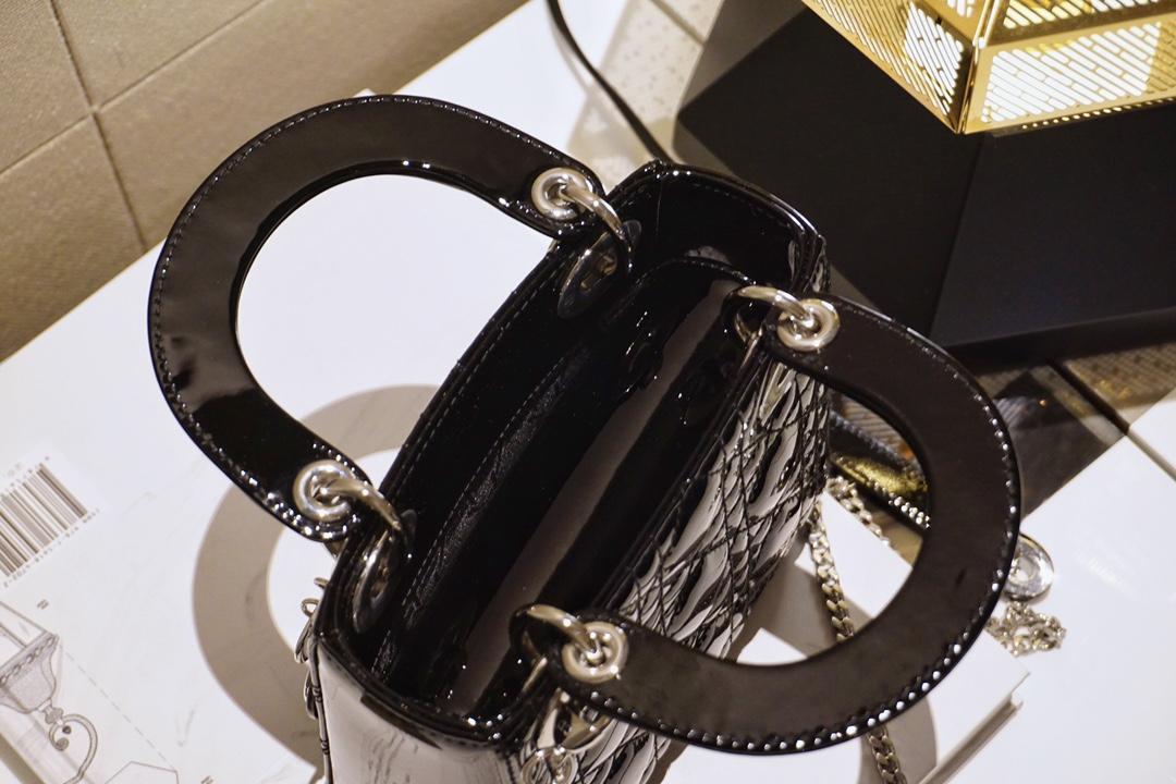 DIOR迪奥 三格 三格 17cm 黑漆银 漆皮 不娇气 戴妃包 Lady Dior
