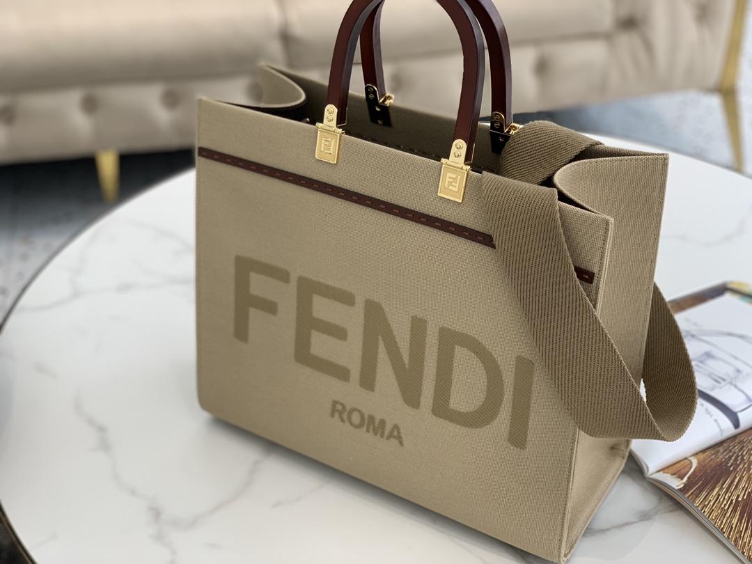 FENDI最新Sunshine Shopper  米色帆布托特包 超大容量 转便舒适 有太多理由要去推荐它 贼好看