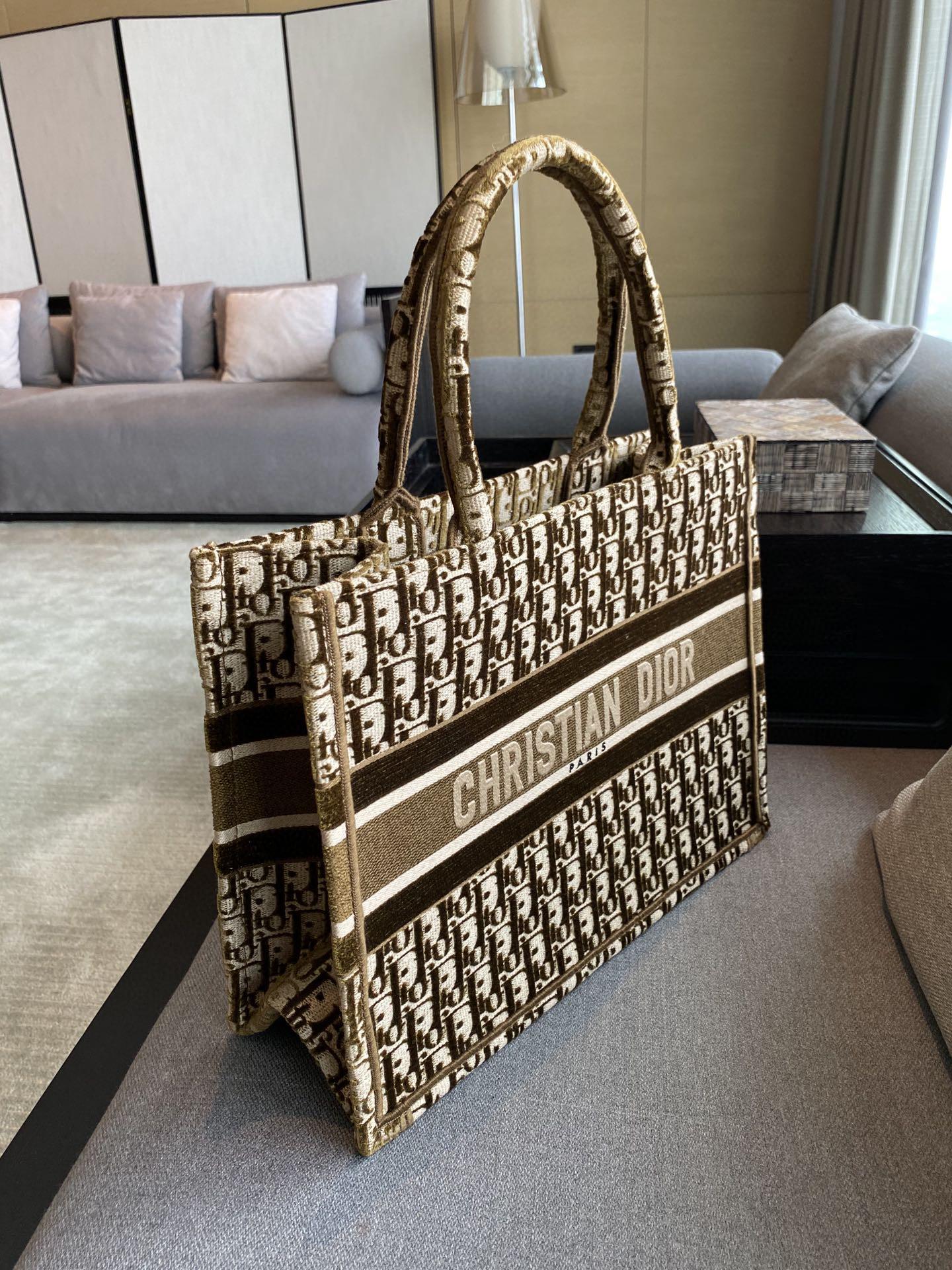 Dior 迪奥 购物袋 丝绒咖色 小号/36.5cm
