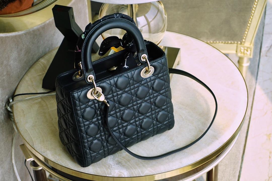 Dior 迪奥 五格/24cm 戴妃包 Lady Dior 小羊皮 黑色 金扣 戴妃包