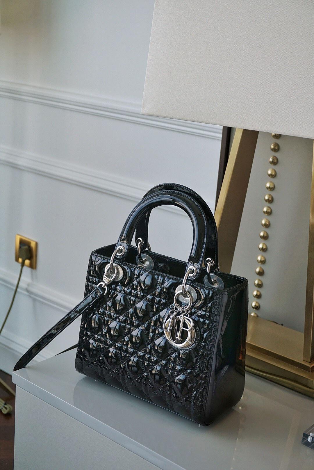 Dior 迪奥 戴妃包 Lady Dior 五格 24cm 黑色 -牛漆皮戴妃包-
