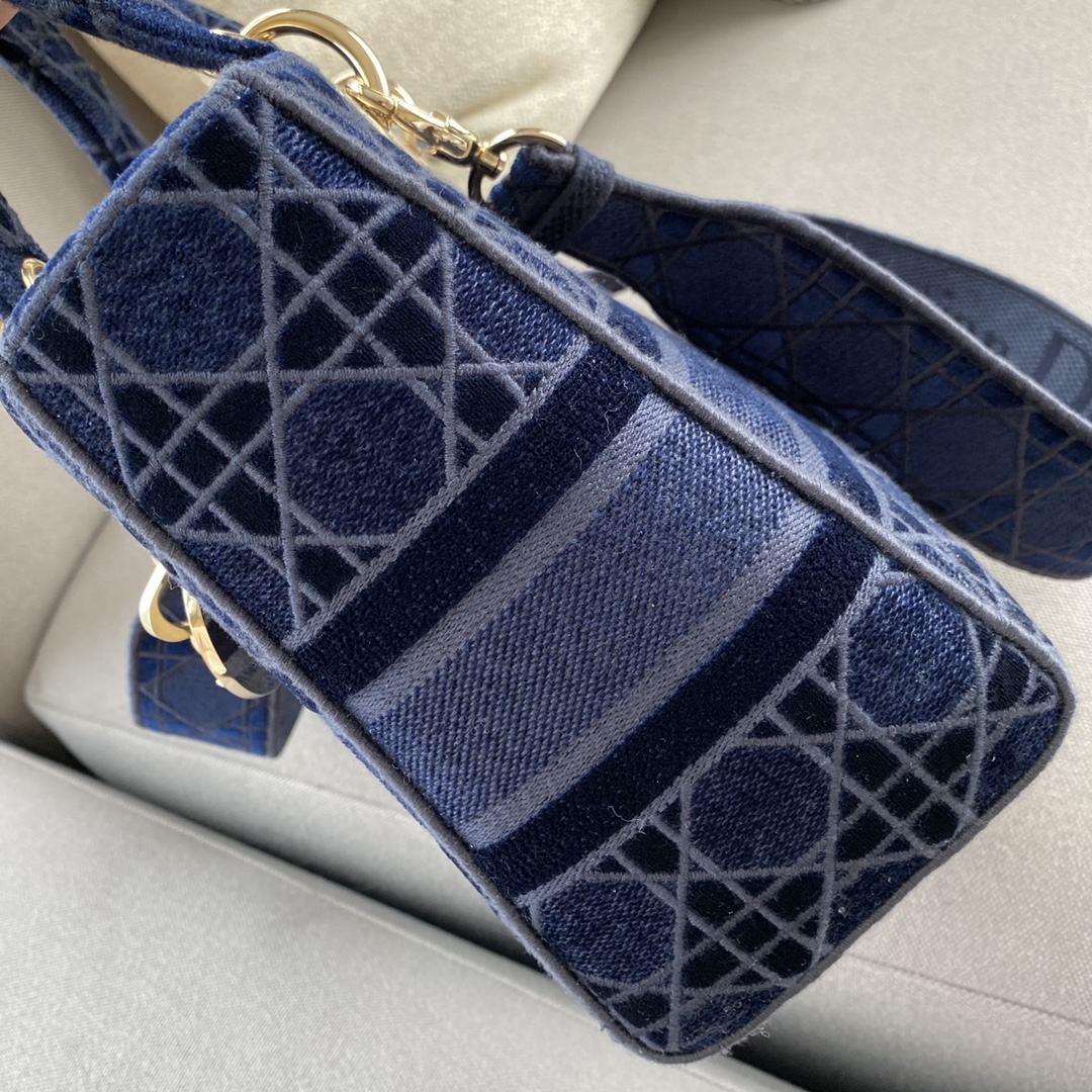 Dior 迪奥 五格 D-LITE 手袋 ~丝绒蓝戴妃包~ 重释经典个性魅力