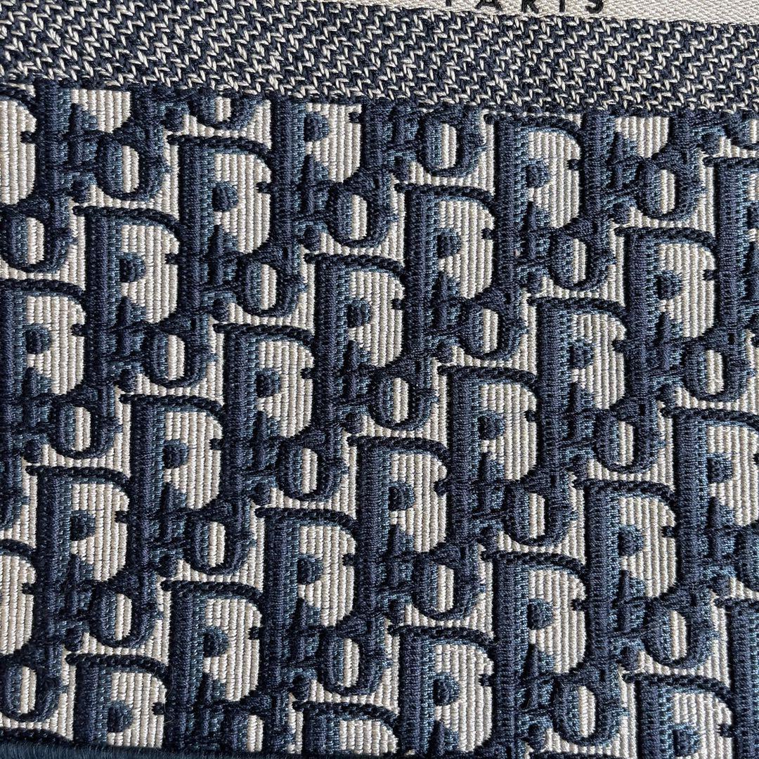 DIOR迪奥 购物袋 布纹灰 大号/41.5cm 上身气场强,又酷又飒