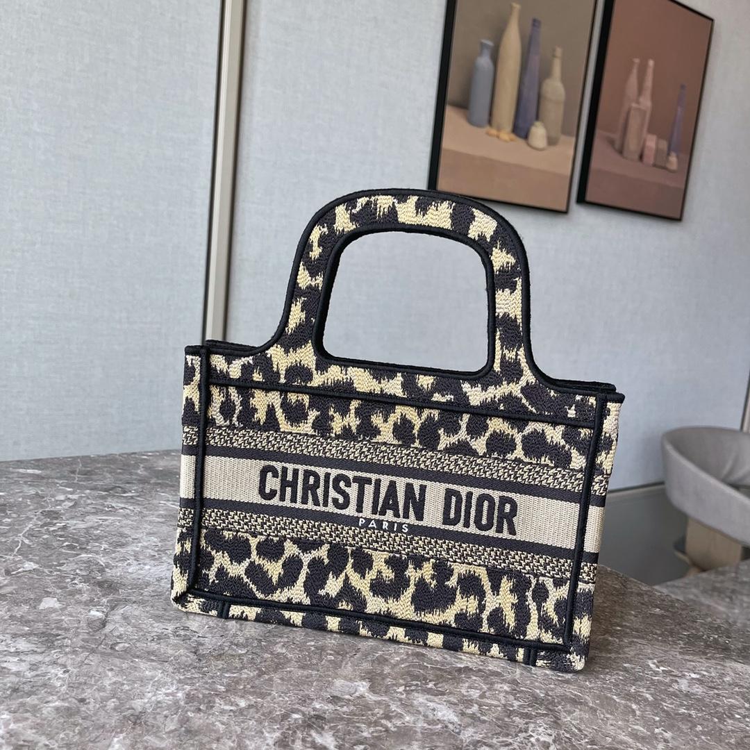 Dior 2021 迪奥购物袋 购物袋 mini/22.5cm 豹纹 Mizza图案刺绣