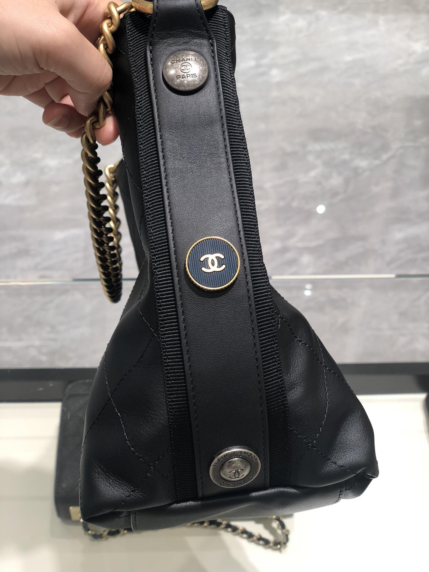 香奈儿 Chanel 嬉皮包 休闲百搭 日常出行选它没错啦 容量超赞