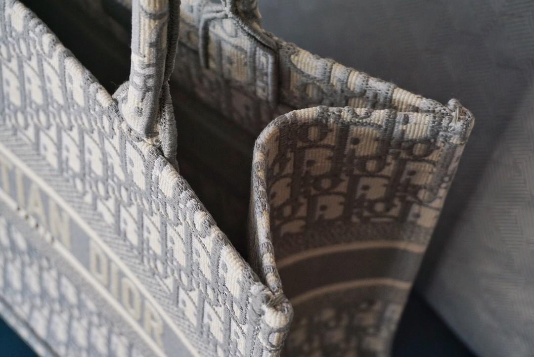 DIOR迪奥 购物袋 布纹灰 36.5cm 日常 上班 通勤完美契合!