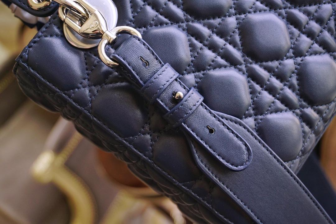 Dior 迪奥 四格 20cm 海军蓝 银扣 戴妃包 Lady Dior