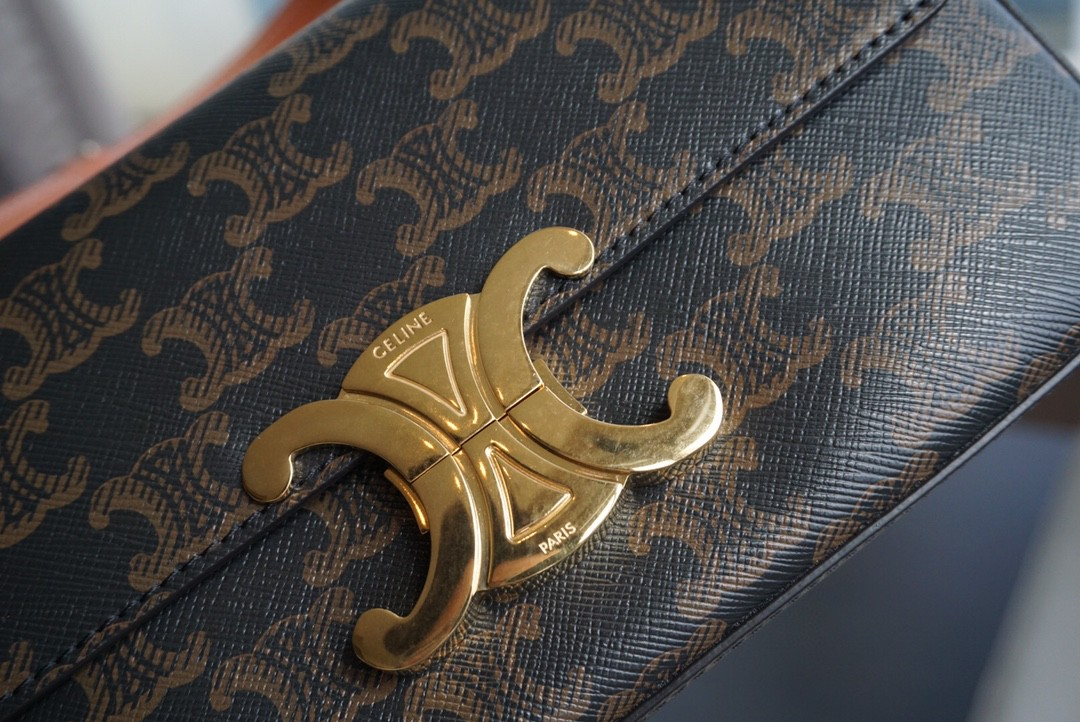 Celine 思琳 凯旋门 腋下包 老花  20cm经典logo锁扣  时髦精必不可少