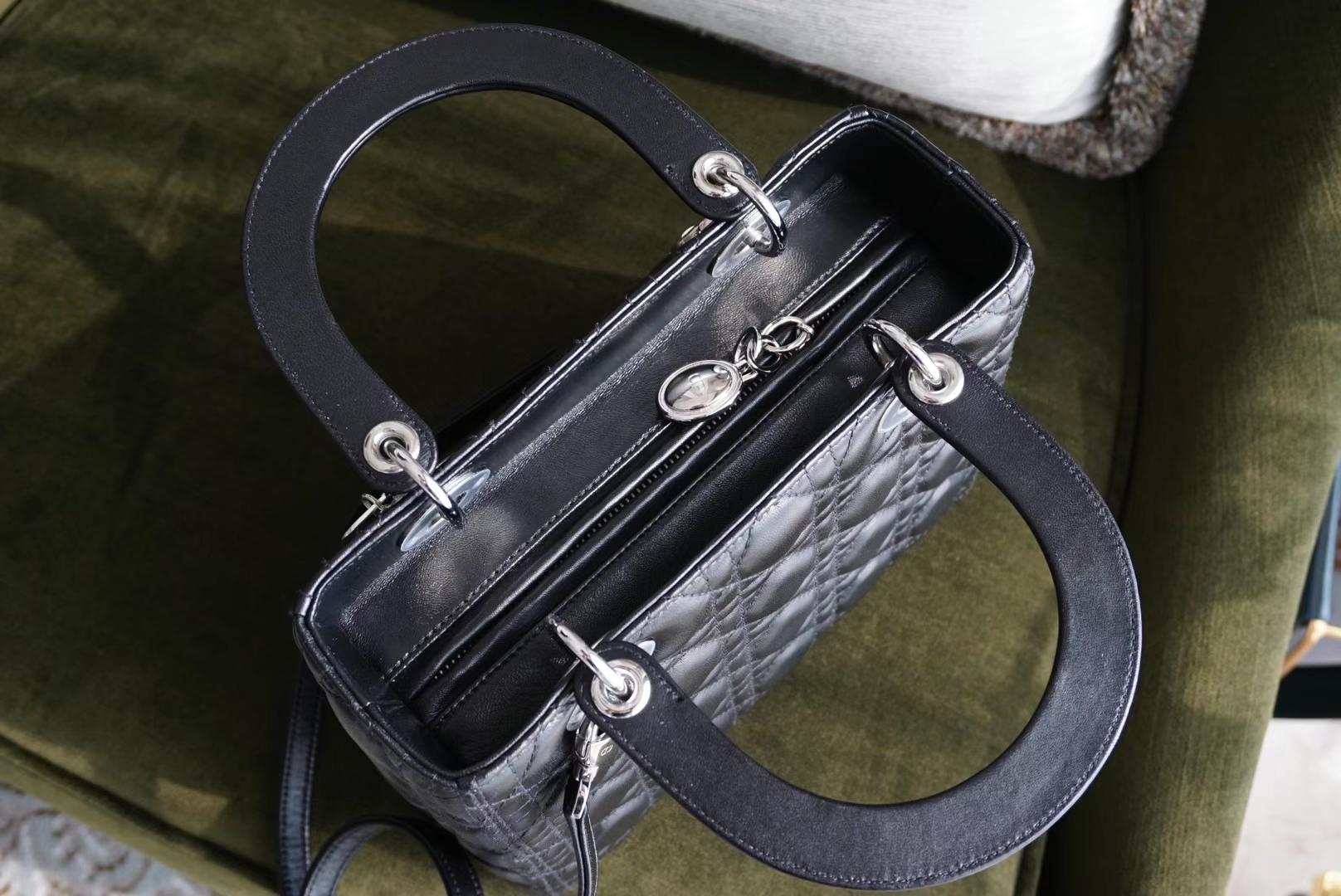 DIOR 迪奥五格 24cm 黑色 银扣 原厂进口小羊皮制作!