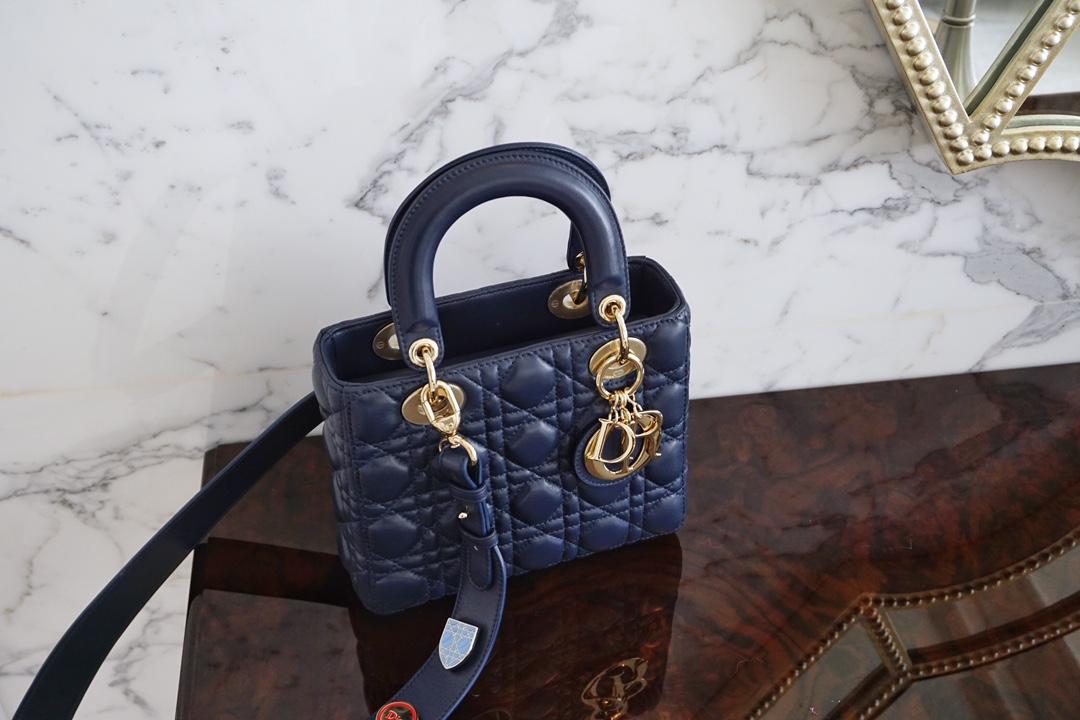Dior 迪奥 四格 20cm 海军蓝 金扣现货 戴妃包 Lady Dior