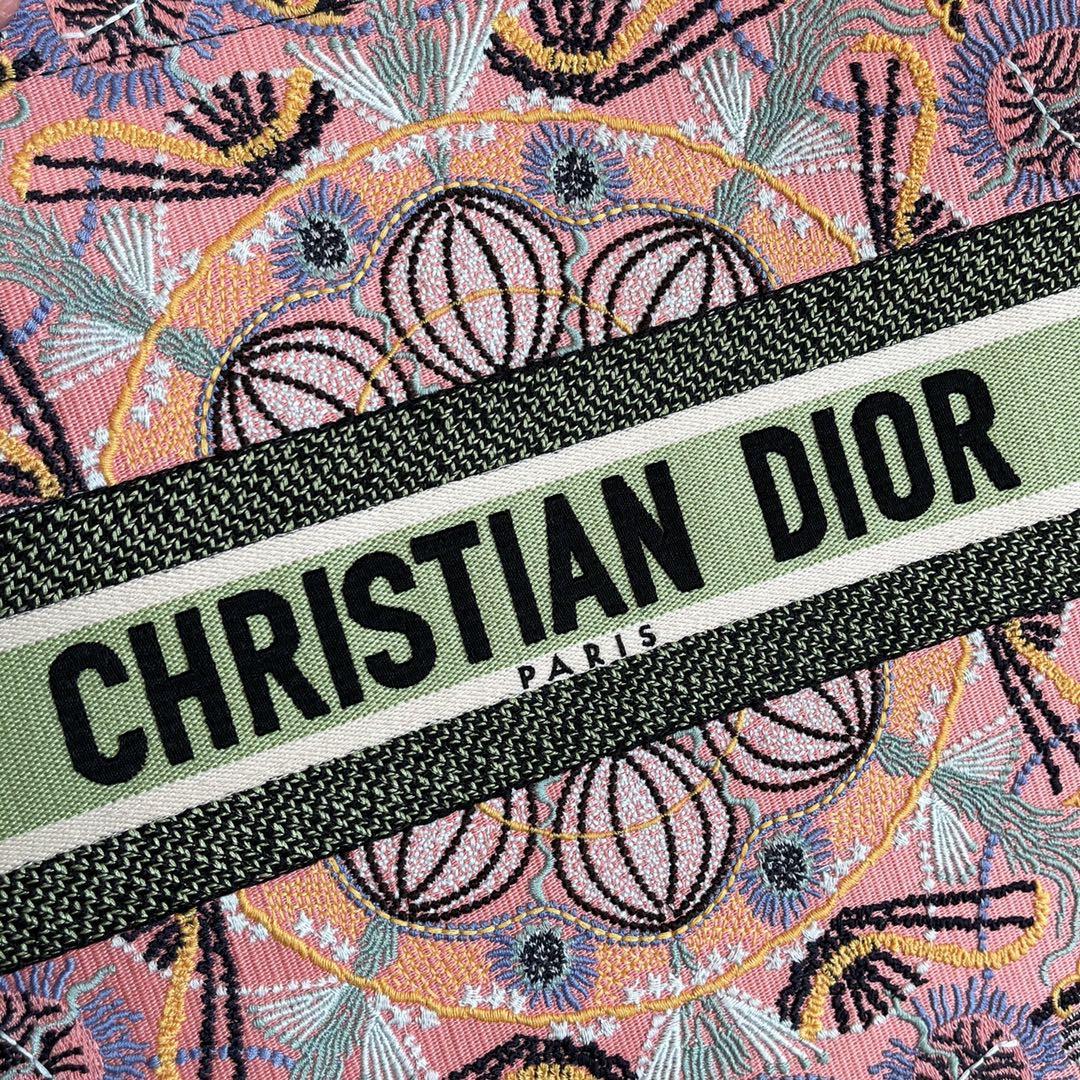 DIOR 迪奥 购物袋 金属光泽线点缀 意大利南部的灯光艺术